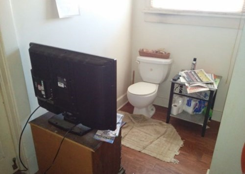 lazy TV bathroom - 8147966208
