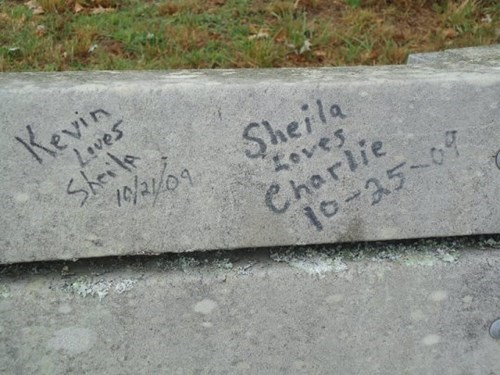 funny,graffiti,love,shelia,g rated,dating