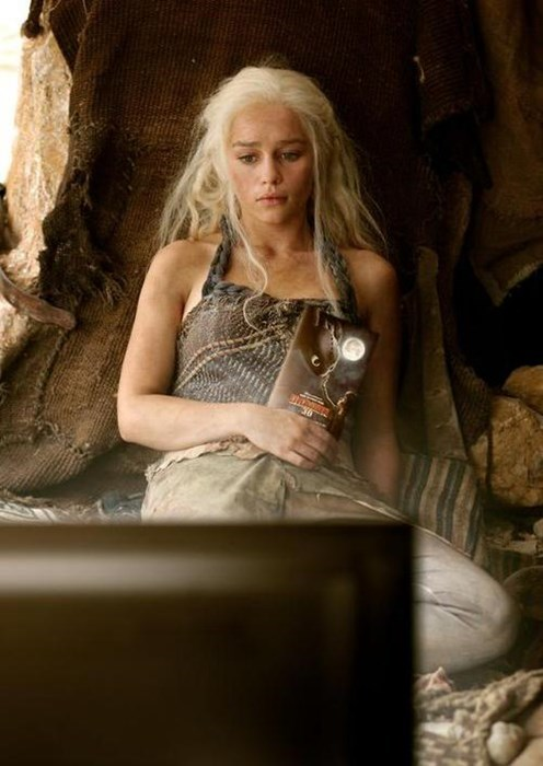 Daenerys Targaryen Game of Thrones How to train your dragon - 8158627840