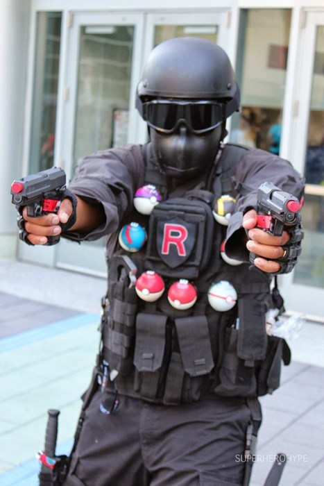 cosplay disgruntled Team Rocket - 8159871232