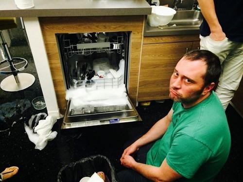 dishwasher - 8170898432