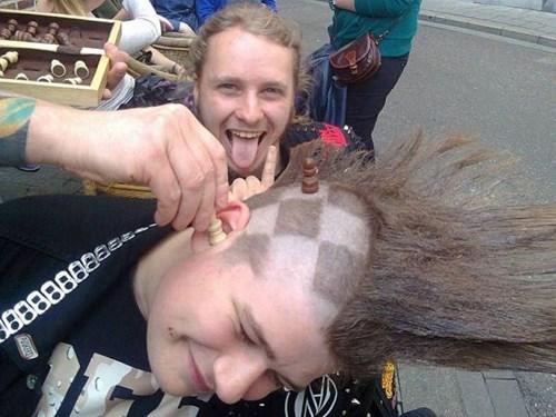hair poorly dressed haircut chess - 8176006912