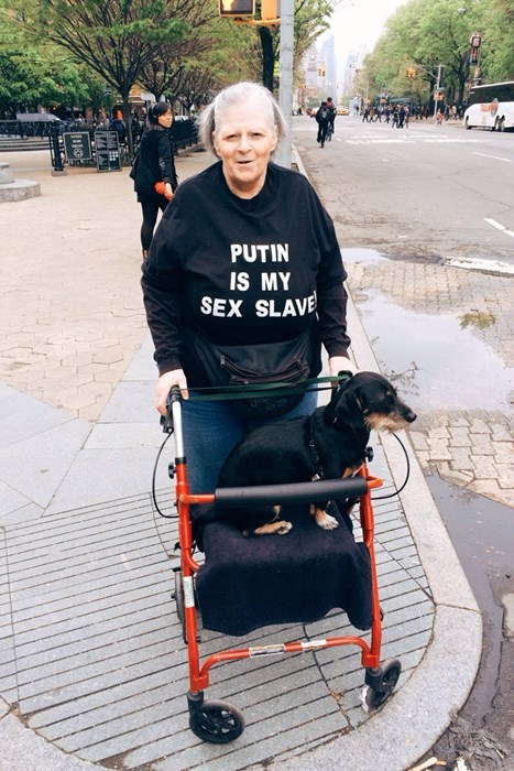 sweatshirt poorly dressed Vladimir Putin - 8180429312