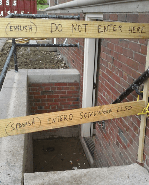 construction,spanish,warning