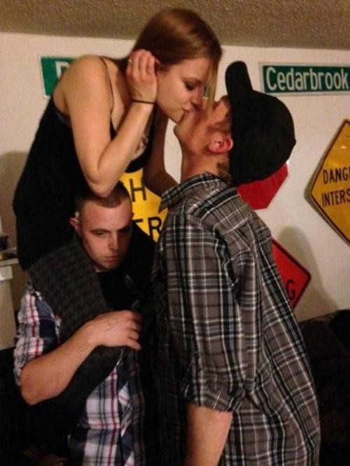 Sad wtf friendzone kissing funny - 8188038656