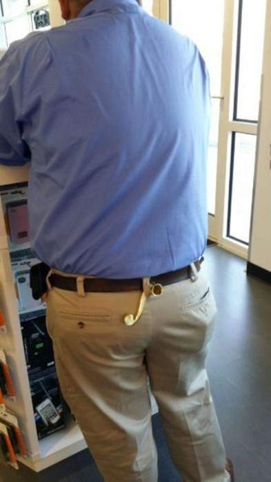 belt loop,poorly dressed,door handle