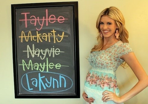 baby names parenting - 8196303360