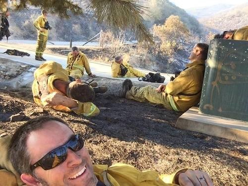 firefighters,news,selfie