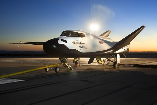 airplane,science,space,dream chaser