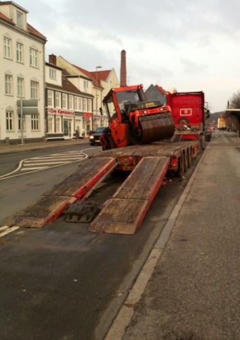 monday thru friday FAIL construction equipment - 8201417984