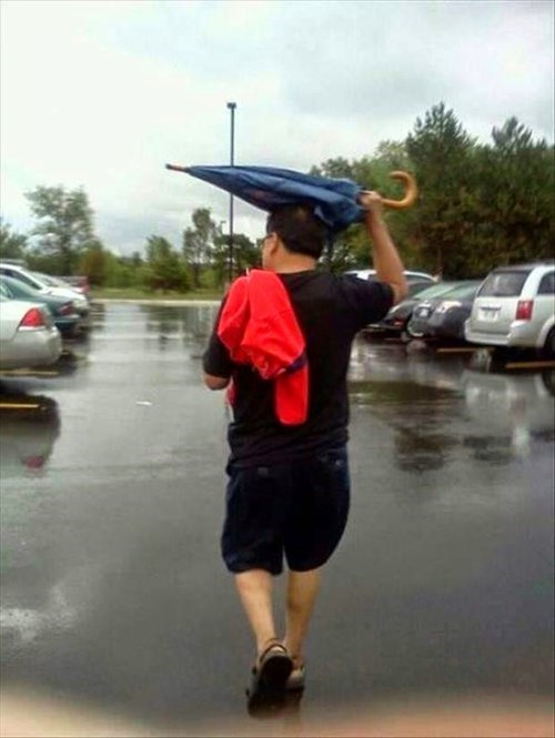 umbrella,youre-doing-it-wrong,facepalm,fail nation,g rated