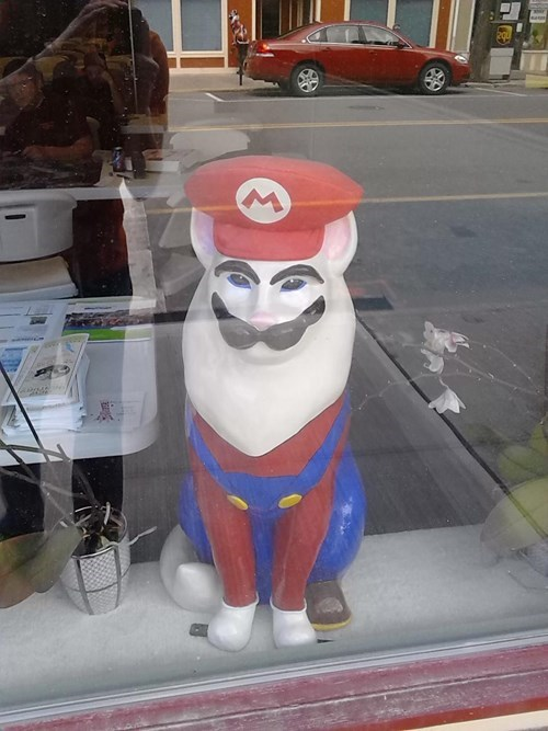 Cats mario wtf statue - 8203685120