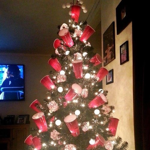 beer pong,christmas tree,funny