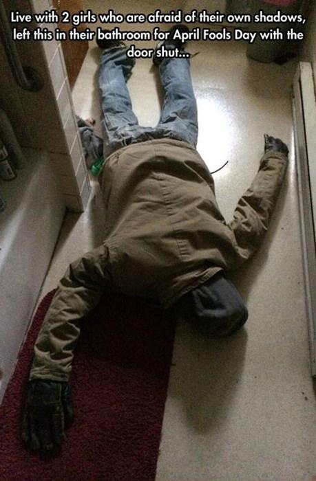 bathroom pranks roommates burglars - 8206055936