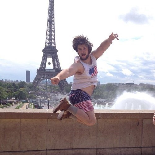 shorts,American Flag,poorly dressed,eiffel tower