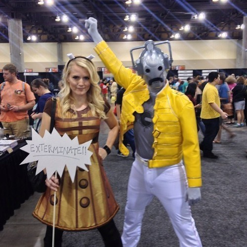 cosplay convention freddy mercury cyberman - 8215807488