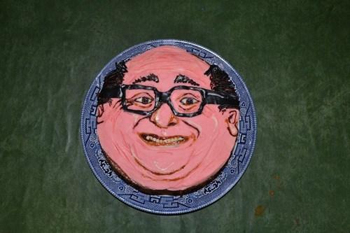 cake danny devito celeb - 8217115392