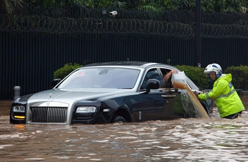 cars,flood