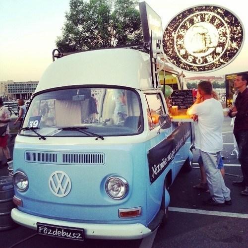 funny,mobile,pub,volkswagen