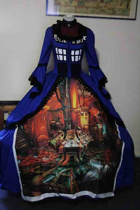 Scarlet O'Hara's Tardis Dress