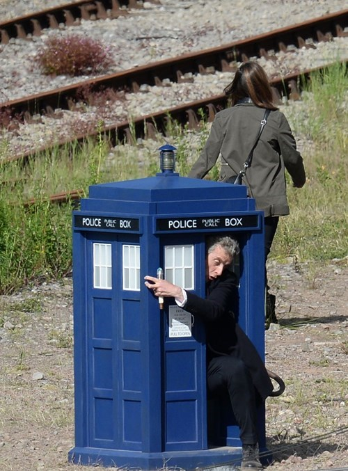 12th Doctor behind the scenes tardis - 8225758464
