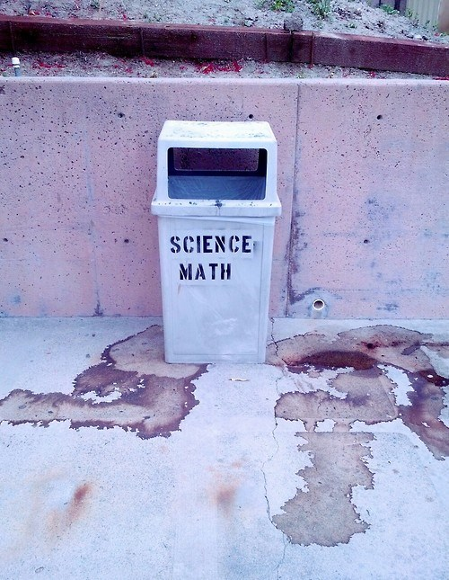 funny science math wtf trashcan - 8227513344