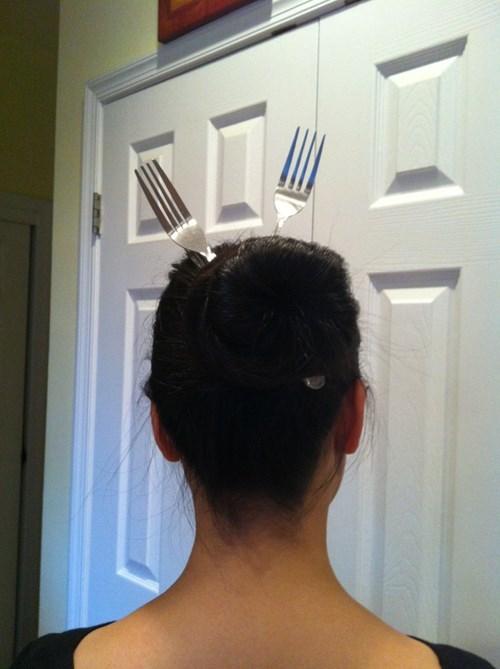 fork hairstyle hair poorly dressed silverware - 8229508096
