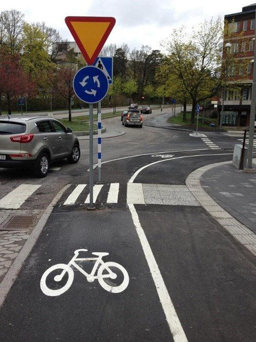 bike lanes driving traffic - 8229602304