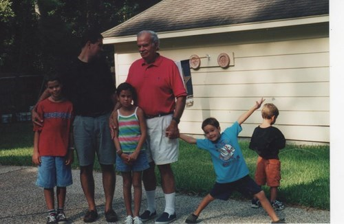 kids pee family photo parenting - 8232908288