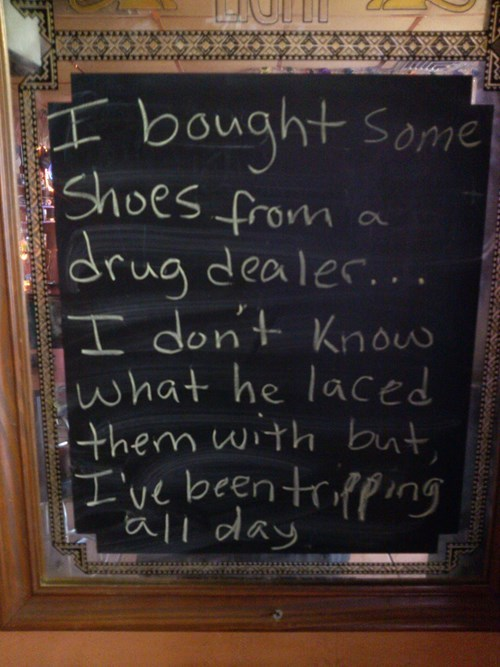drugs puns shoes sign - 8236964352