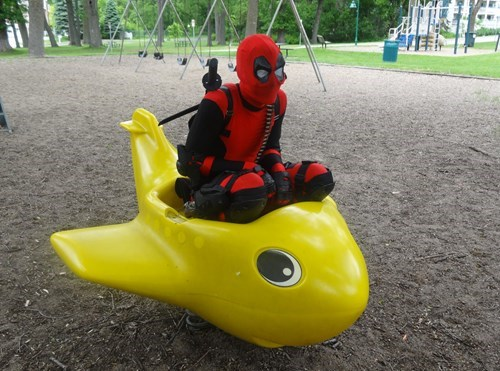 cosplay,deadpool,playground