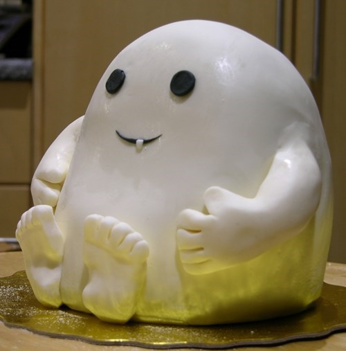 cake art cooking baking adipose doctor who white blob with eyes and a single fang