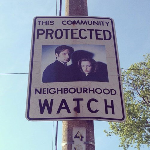 neighborhood watch the x-files - 8247677184