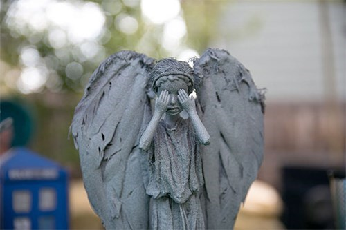 Barbie creepy weeping angels - 8249071872
