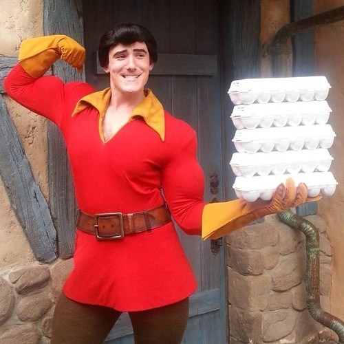 cosplay,Beauty and the Beast,Gaston