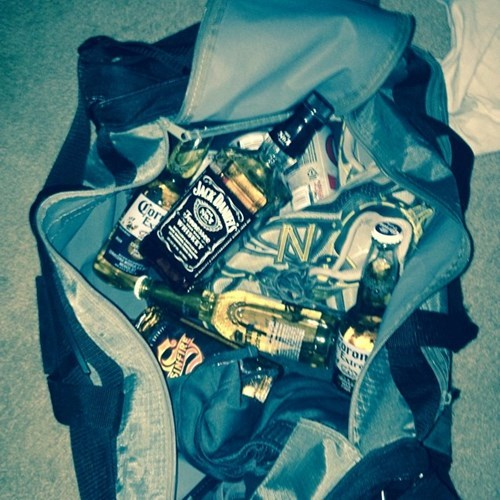 gym bag booze awesome funny - 8249829376