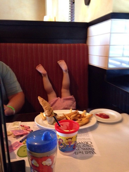 kids,restaurant,handstand,parenting,g rated