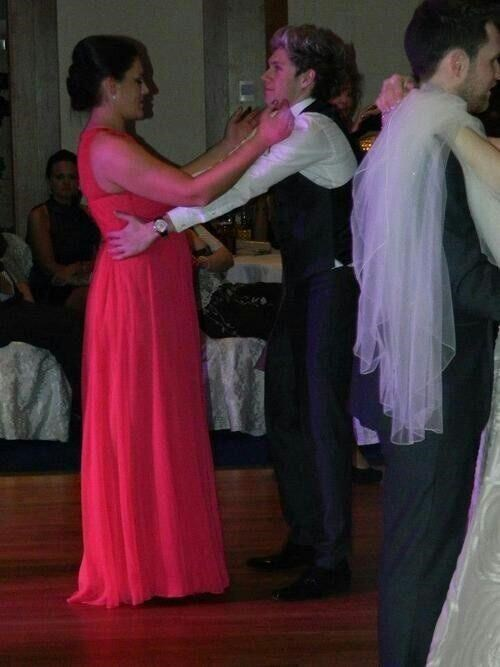 dancing one direction Awkward niall horan prom funny - 8252055040