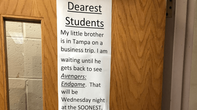 teacher hangs sign to ask his student to post no endgame spoilers