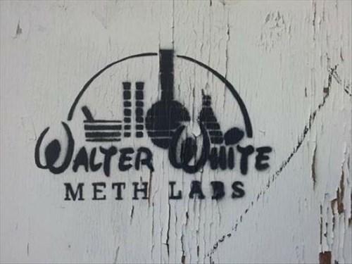 walter white,logo,walt disney