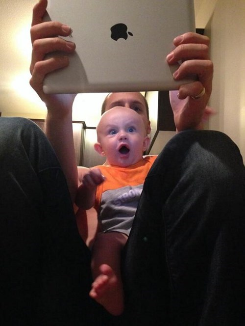 baby,amazed,ipad,expression,parenting