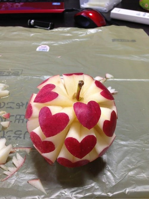 apple carving fruit design - 8264359680