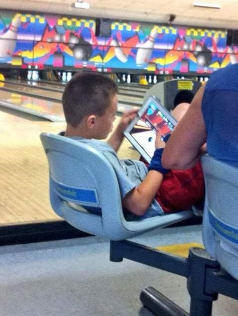 ipads,parenting,bowling