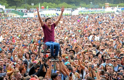 pics concerts awesome - 8272452352