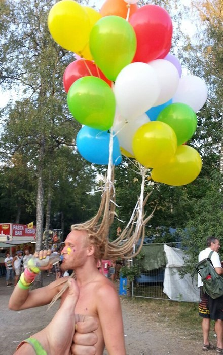 hair poorly dressed Balloons hairstyle g rated