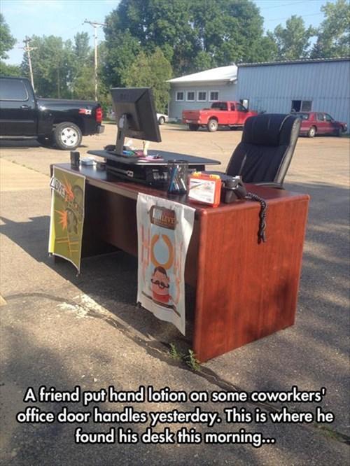 monday thru friday cubicle prank desk prank - 8273751040