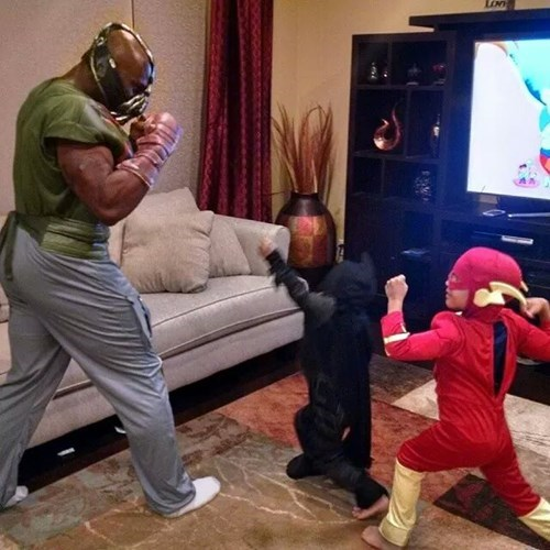 costume,kids,bane,parenting,batman,flash,g rated