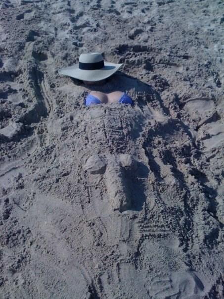 summer beach prank - 8274042880