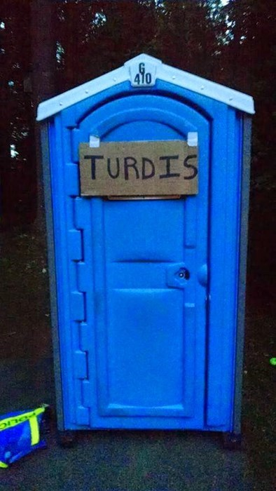 puns,toilet,tardis