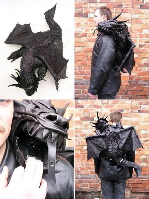 dragon design backpack - 8277913344